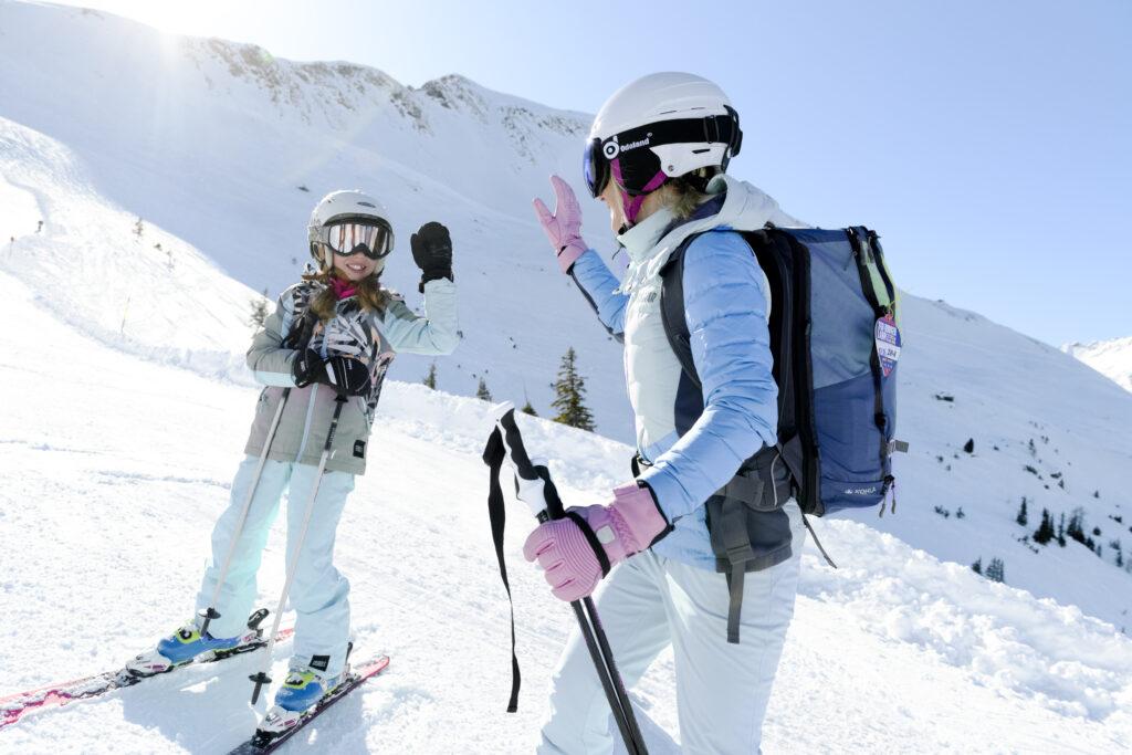 Familie im Schnee (C) Gasteinertal TourismusGmbH; Marktl Photography-31